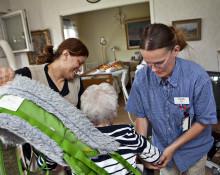 Undersköterska hemtjänst vård äldre