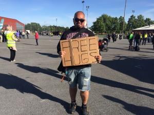 free hugs Järva