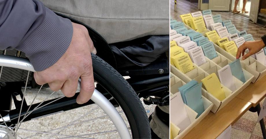 En person i rullstol och en hylla för valsedlar vid ett svenskt val