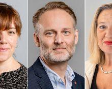 Porträttbilder på de tre debattörerna, med allvarliga miner